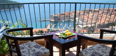 Attractive Apartment with gorgeous view to Dubrovnik Old Town